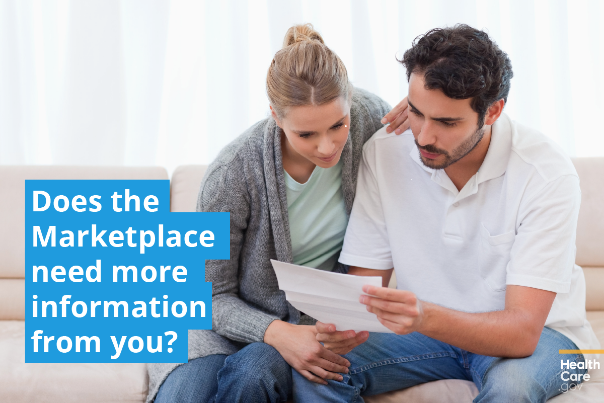 Image: Couple learning about their health insurance application inconsistencies